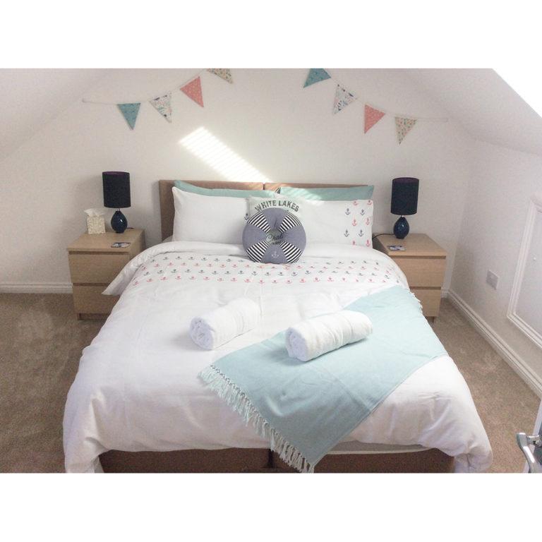 Hengistbury Reach Holiday Let Bedroom 2 king